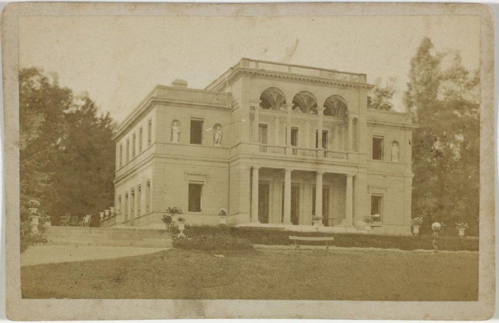 Sepia toned photo of Villa Bartholoni